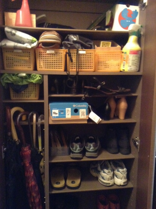 Shoe cupboard -before